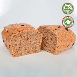 Whole grain Spelt Bread with dried fruits...